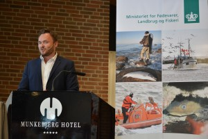 Dan Jørgensen, fødevareminister, girlfishing.dk